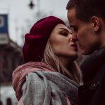 למה נשים נמשכות לגברים עם בטחון עצמי גבוה, ולמה גברים לא?