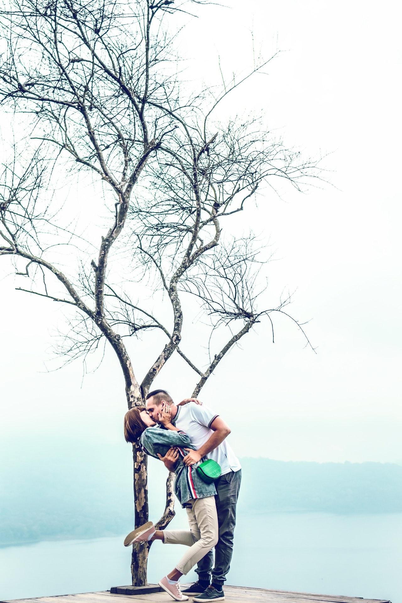 ריגוש שמחפה על אינטימיות